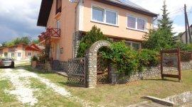 - észak-magyarországi apartmanházak